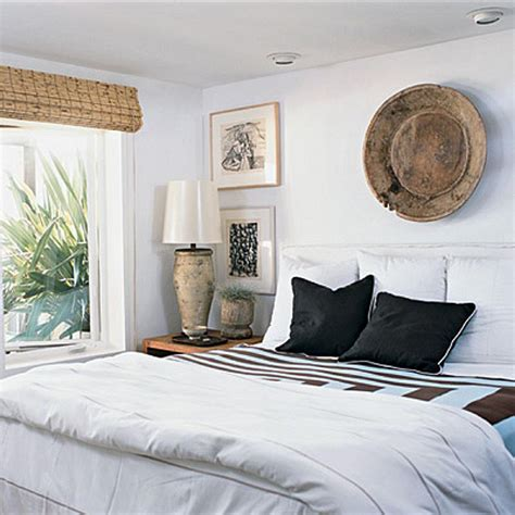 how to decorate a bedroom with white walls decorating bedrooms with white walls