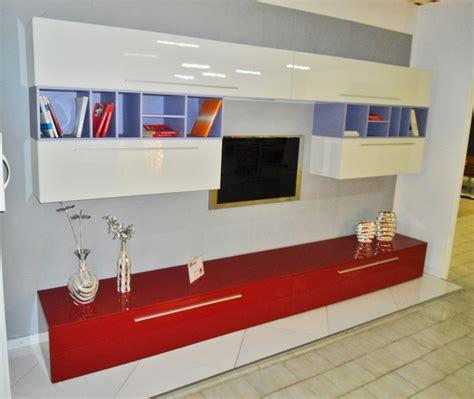 centro convenienza soggiorni centro convenienza parete soggiorno lucida bordeaux