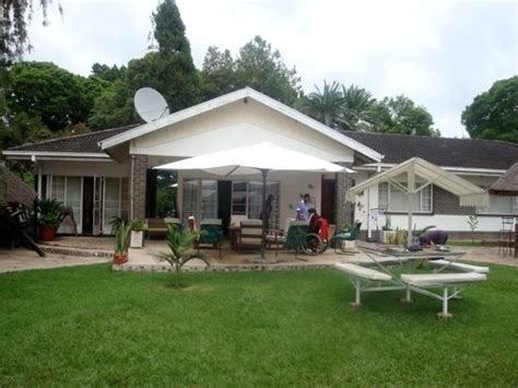 houses to buy in harare sunshine guest house harare zimbabwe guesthouse