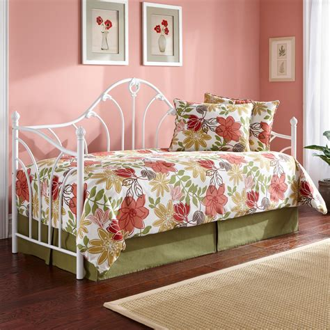 Wrought Iron Daybed Iron Daybed Classic Style Antique White Finish