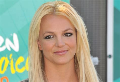 hollywood celebrity secrets 10 hollywood housekeepers expose dirtiest celebrity