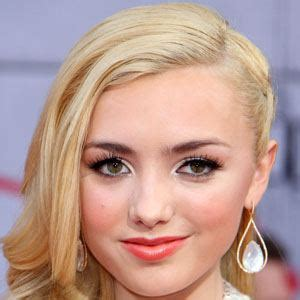 peyton list biography com celebrity birthdays biography of famous people in the