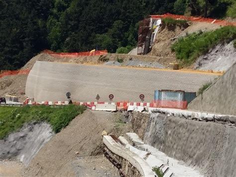 tende tunnel le chantier du tunnel de tende 224 l arr 234 t la route d acc 232 s