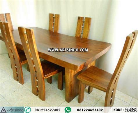 Satu Set Meja Kursi Teras Bisa Untuk Ruang Tamu Jati Jepara set kursi makan meja kayu trembesi arts indo furniture jepara arts indo furniture jepara