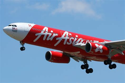 airasia member missing air asia jumbo jet 40 bodies seen floating on sea