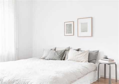 white bed decordots neutrals