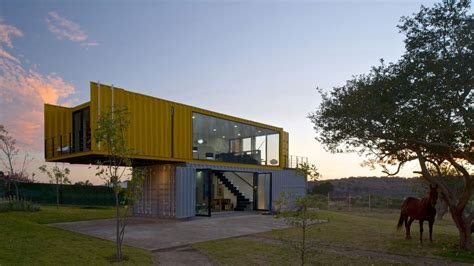 Shipping Container Home Interiors by 4 Shipping Containers Prefab Plus 1 For Guests