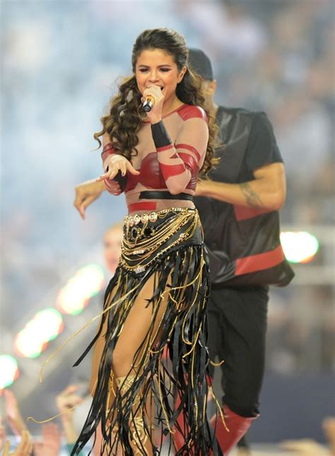 thanksgiving show thanksgiving football halftime show 100 images selena gomez s thanksgiving