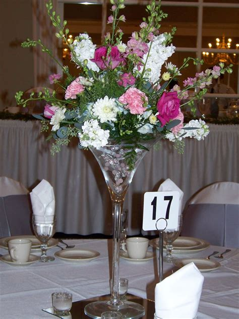 martini glasses wedding centerpieces martini glass centerpiece a beautiful and