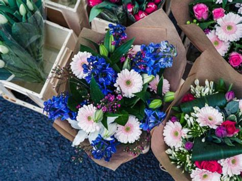 Nearest Flower Shop by Is It Me Or Is It Impossible To Find The Right Blooms