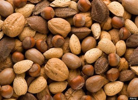 alimenti diminuiscono il colesterolo sette cose fanno bene al cuore giornalettismo