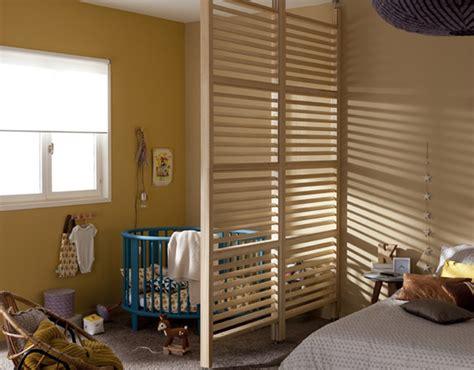 separation chambre enfant coin b 233 b 233 dans la chambre des parents