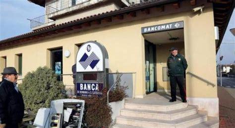 orari popolare di marostica torna la banda dei bancomat esplosione bottino 40mila