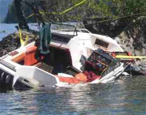 boat crash colorado river cause dangers of boating under the influence 24th to 26th