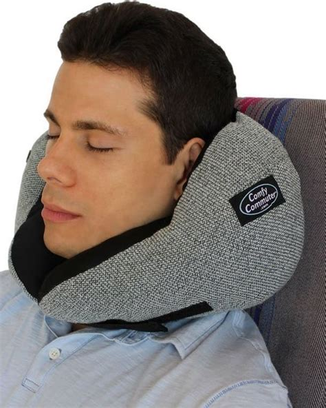 Best Pillow Neck by 25 Best Ideas About Travel Pillows On