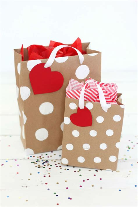 valentines gift bags 30 diy gift wrapping exles for s day