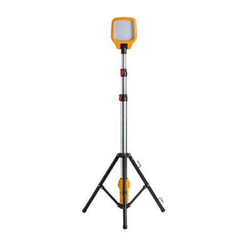 defender led task light with telescopic tripod 78w 110v