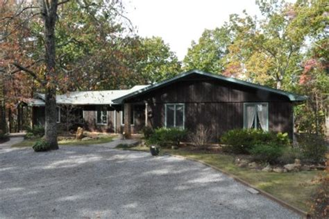 modern mountain house for sale in tryon nc walker wallace emerson wwe realty real estate brokers
