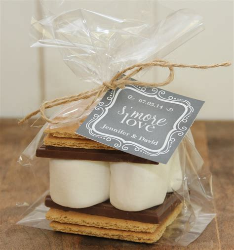 chic wedding favors   guests modwedding