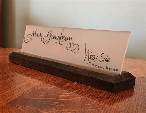 desk name plaque 1000 ideas about name plaques on decorated