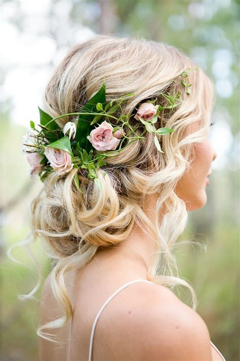 Best Wedding Hairstyles For The by 25 Best Ideas About Rustic Wedding Hairstyles On