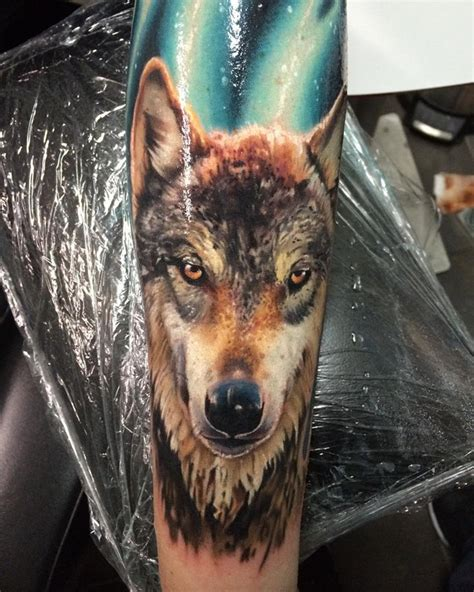 realistic wolf tattoo best tattoo design ideas