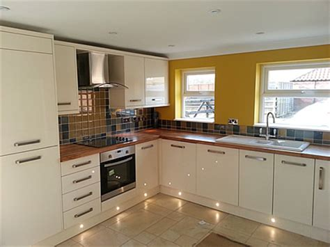 kitchen design and fitting fitting kitchens in york carlton joinery
