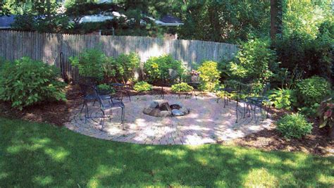 Landscape Pictures Small Yard Lawn Garden Small Backyard Landscaping Ideas Home And