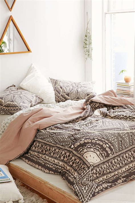 Bedroom Bedding Ideas | 31 bohemian bedroom ideas decoholic