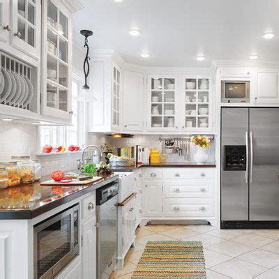 cottage kitchen furniture 91 best images about u shaped kitchens on