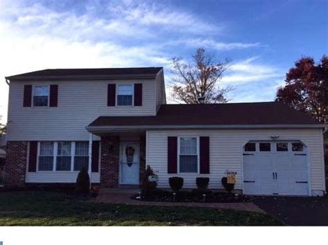 Houses For Sale Warminster Pa by Warminster Real Estate Warminster Pa Homes For Sale Zillow