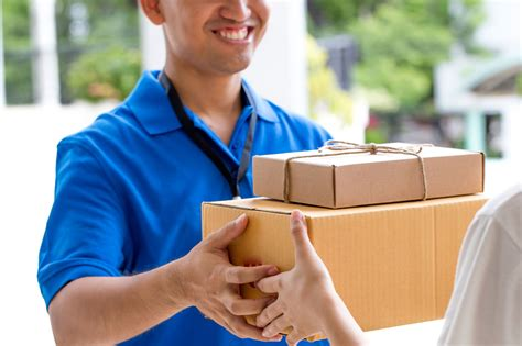 mail delivery postal carrier secrets your mailman wishes you knew