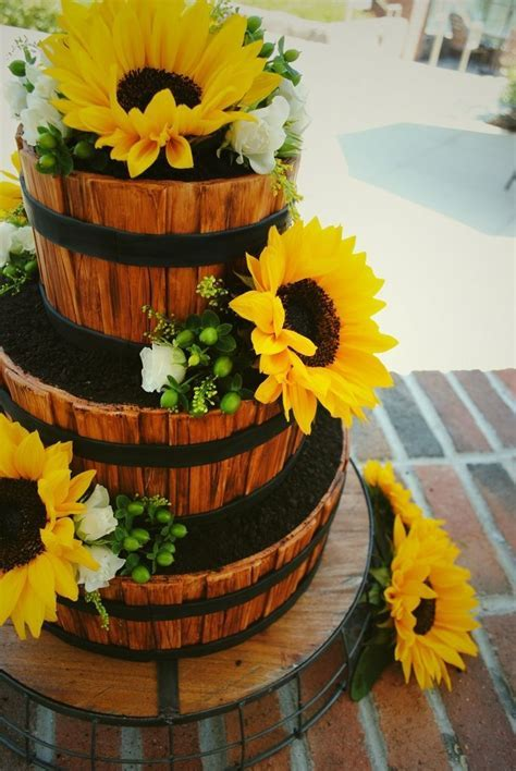 Rustic Country Wedding Cakes   Rustic Country Wedding Cake