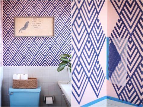 wand blau streichen 65 wand streichen ideen muster streifen und struktureffekte