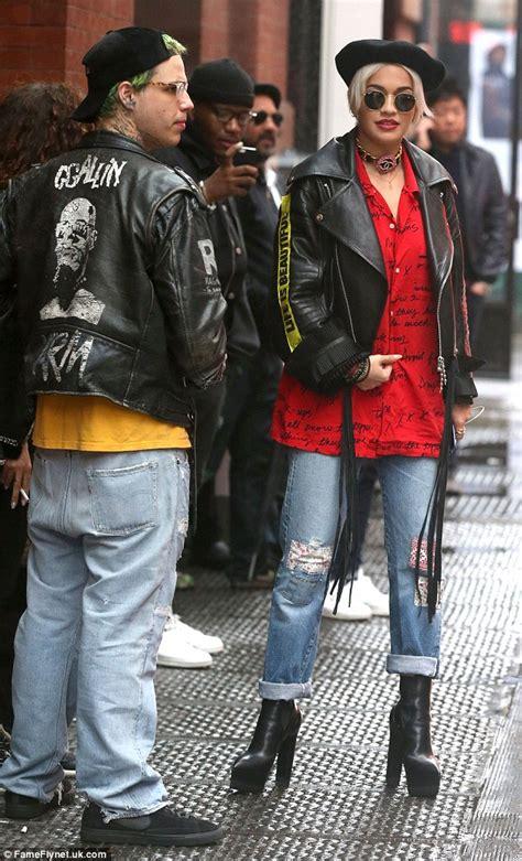 Class Black Boots Cb Leather 04 ora meets boyfriend ricky hil s hilfiger in