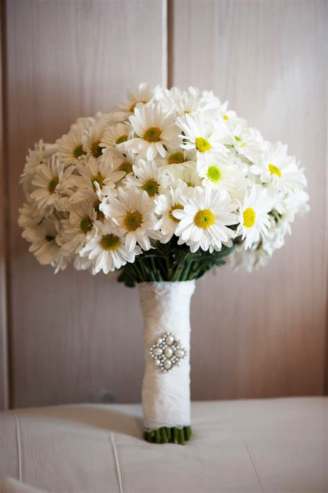 Wedding Bouquet Of Daisies by G Wed On Paper Cranes Paper Crane Wedding And