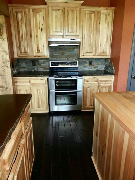hickory wood cabinets kitchens best 25 hickory cabinets ideas on pinterest craftsman