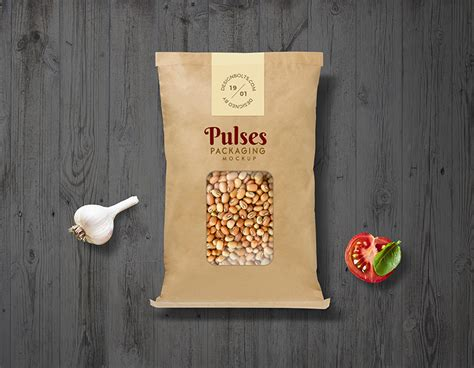 design kemasan jamur crispy free pulses kraft paper pouch packaging mockup psd