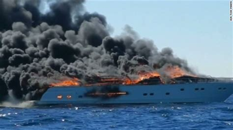yacht fire fire engulfs yacht off miami beach 3 rescued cnn