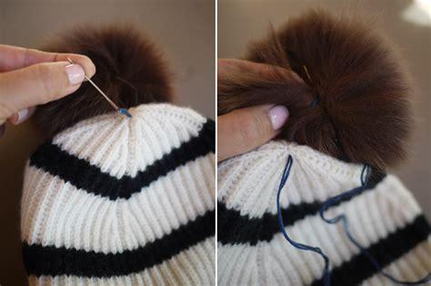 how to attach a pom pom to a knitted hat diy pom pom beanie