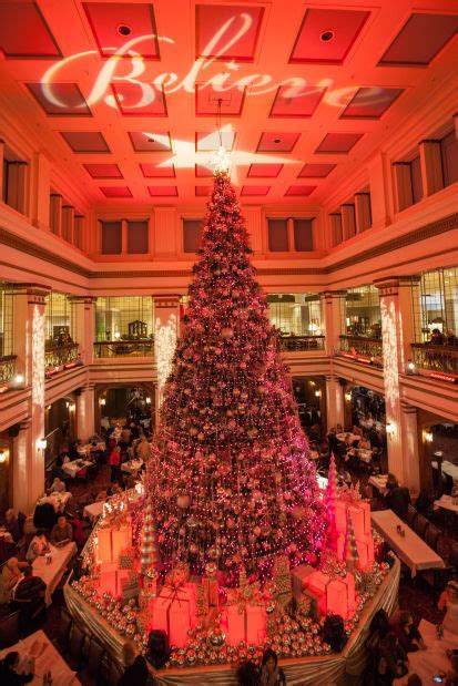 macy s walnut room macy s great tree and walnut room continue with grand tradition shore magazine nwitimes