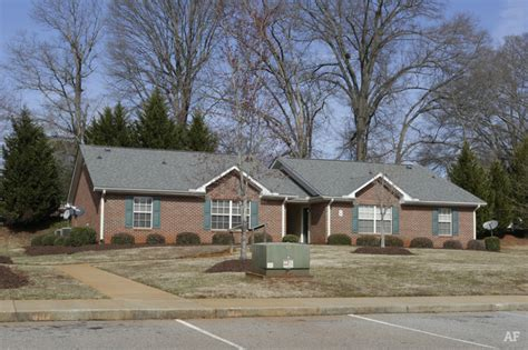 Lakeview Apartments Greenville Nc Poinsett House Greenville Sc Apartment Finder