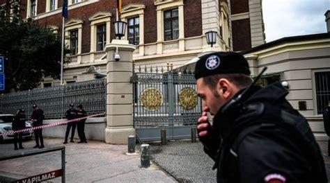 consolato turchia turchia rischio attentato berlino chiude scuole e