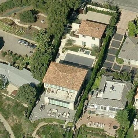 janet jackson house ted sarandos avant s house previously leased by