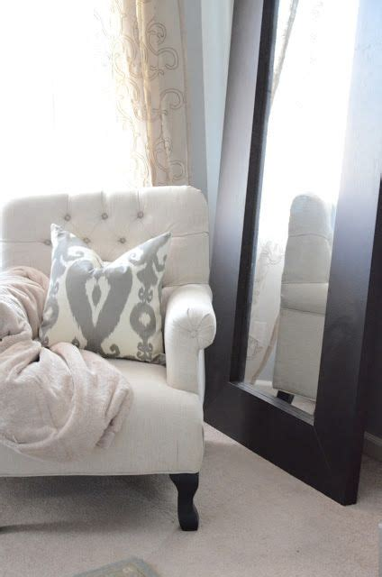 99 fearsome reading chair for bedroom photo inspirations 4322 best home design french country images on pinterest