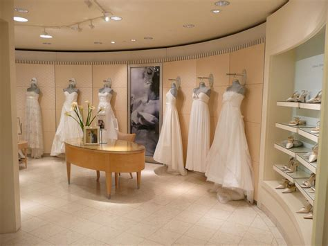 Macy's Bridal Salon at Somerset   Detroit A List