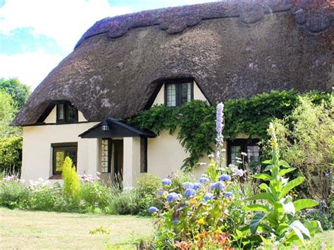dorset cottage longhouse cottage mannington horton heath dorset and