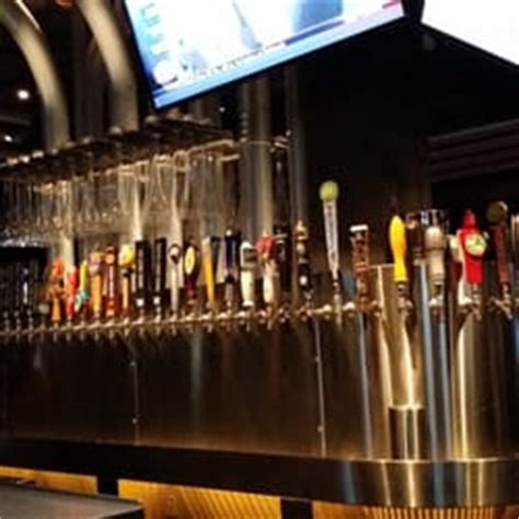yard house orlando fl yard house orlando fl united states 140 beers on tap