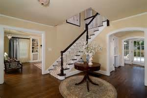 Foyer Paint Colors Sherwin Williams Get The First Look At Designer S Top Picks For Foyer Paint