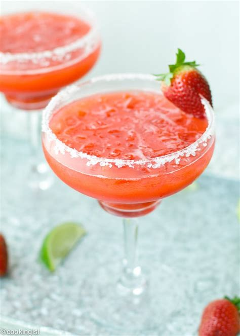 strawberry margarita easy fresh strawberry margarita